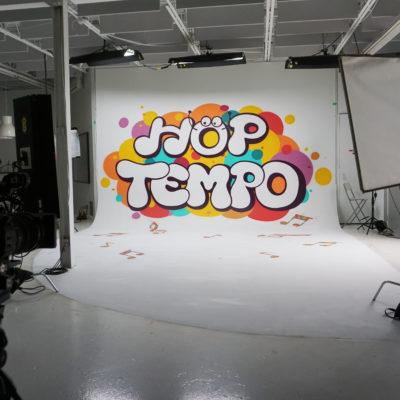 Décoration du plateau TV de l'émission Hop Tempo